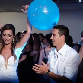 די ג׳יי לחתונה